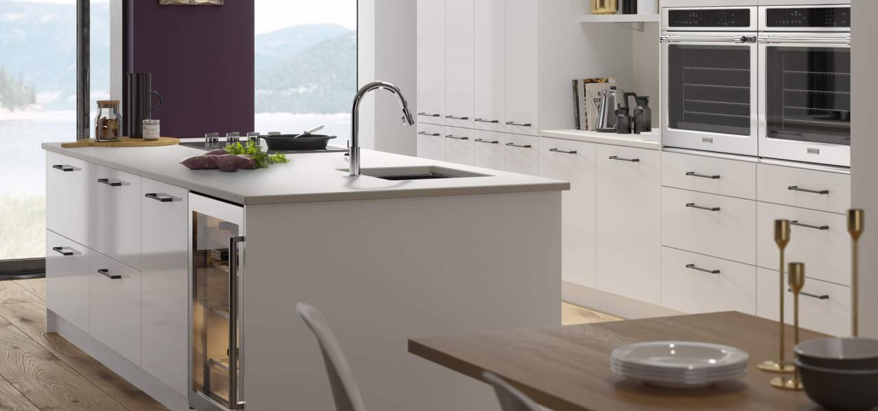 Ultra Kitchen in Bianco Gloss